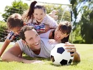 """Kviečiame visus registruotis futbolo turnyrui """"Šeimų futbolo turnyras"""", kuris vyks rugpjūčio mėn. Tauragėje"""